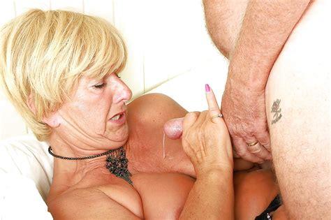 Grannies Mature Milf Blowjob Handjob Sucking 6 Porn