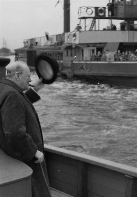 MaritimeQuest - Prime Minister Sir Winston Leonard Spencer ...
