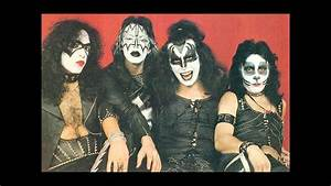 Kiss Live Acrobat Daisyclub 1973