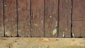 traiter le bois exterieur abime ou pourri o bricolage facile With reparer porte en bois