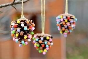 Basteln Mit Tannenzapfen Weihnachten : weihnachtsbasteln mit kindern 62 diy ideen die einfach und schnell umgesetzt werden ~ Frokenaadalensverden.com Haus und Dekorationen