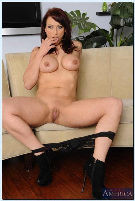Fine Milf Nicki Hunter Spread Her Legs Milf Fox