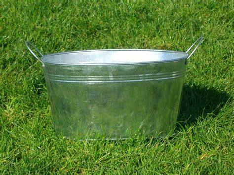 Medium Oval Galvanized Metal Steel Tub Bucket Pail Bin