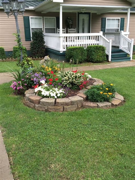 Front Yard Garden Decoration by 50 New Front Yard Landscaping Design Ideas Garden Yay