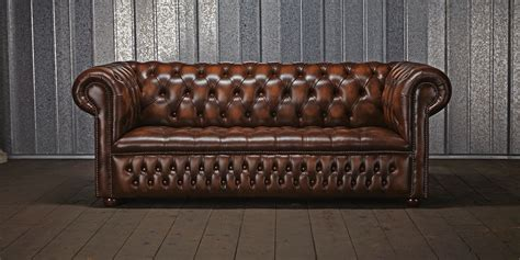 canape chesterfield vintage this image identifies the chesterfield sofa which was one