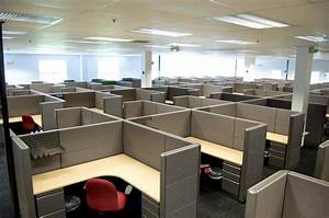 Quality cubicles maximize office space with innovative for Office with cubicles