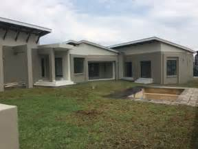 BRAND NEW HOUSE FOR SALE IN COPPERLEAF GOLF ESTATE