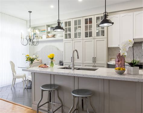 kitchen island with seating for 5 property brothers in toronto modernized kitchen with