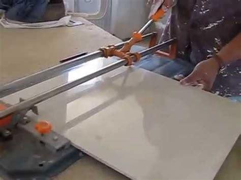 como cortar azulejo  porcelanato  cortadora youtube