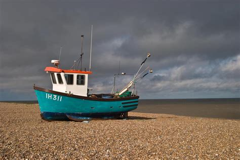Small Fishing Boats by Small Fishing Boat Www Pixshark Images