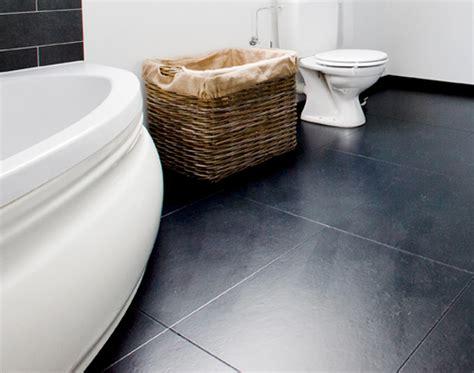 rev 234 tements pour salle de bains avec des sols en li 232 ge faciles d entretien santana santana