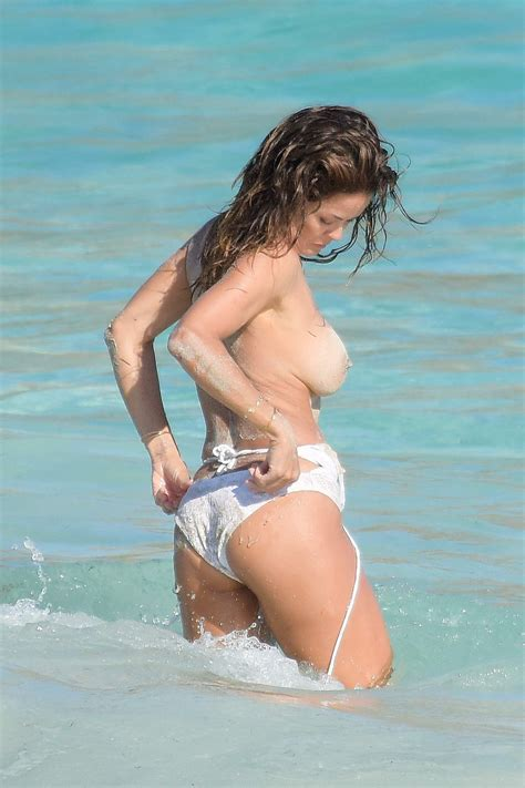 Brooke Burke Nude And Sexy Photos The Fappening