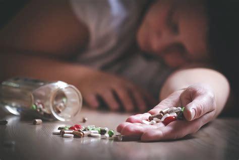 symptoms  drug toxicity  time  recover detox