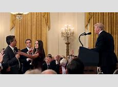 Judge orders White House to temporarily restore CNN