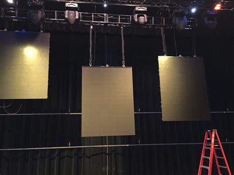 strips split projection church stage design ideas