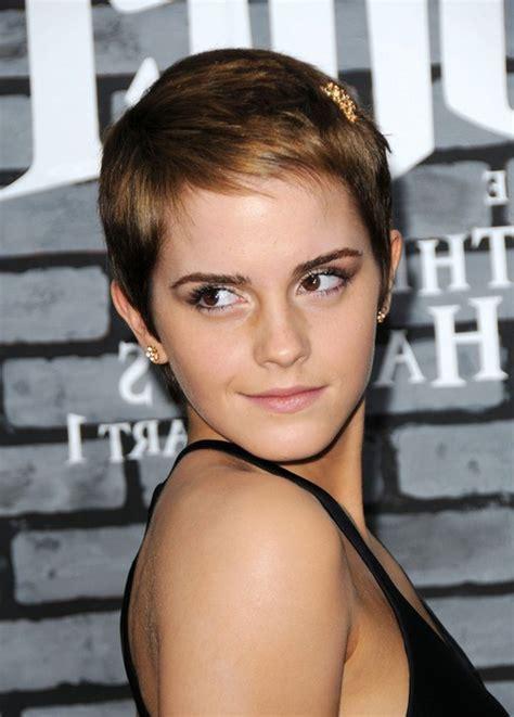 Low Maintenance Hairstyles for Women: Emma Watson Boy Cut