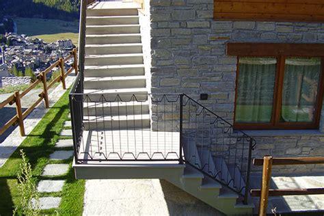 Ringhiera Per Scala Esterna ringhiere per scala esterna carpenteria glarey