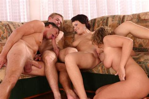 Bi Sexual Foursome Pretty Transexual