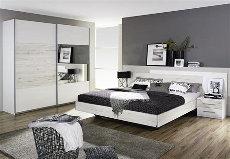 photo chambre chambre adulte contemporaine chêne clair blanc galva