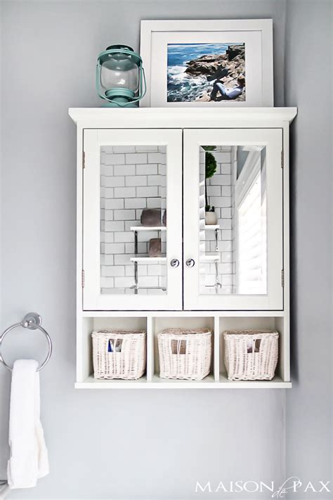 Small Bathroom Wall Cabinet by 10 Tips For Designing A Small Bathroom Maison De Pax