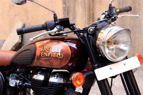 Royal Enfield Classic 500 Modification by This Modified Royal Enfield Classic 500 Looks Eye
