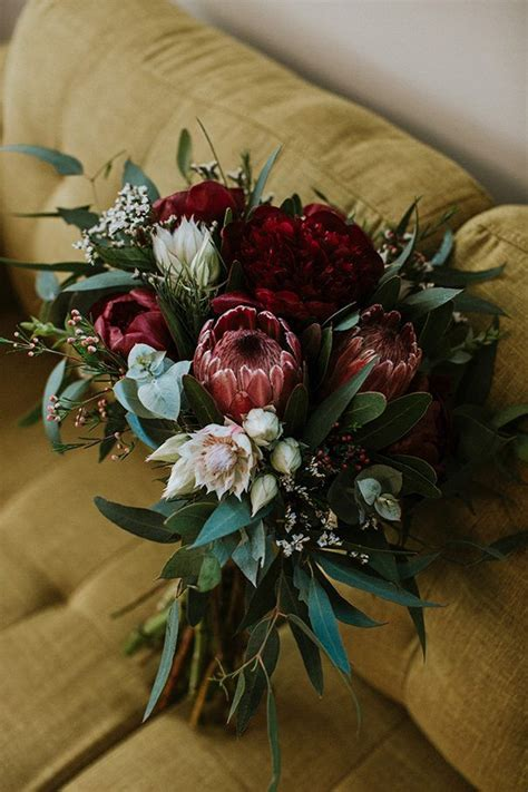 beautiful   stunning wedding bouquet collections
