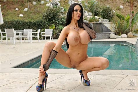 Night Dream Babes The Hottest Nude Babes And The