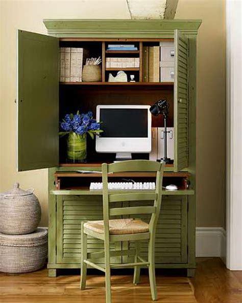 bureau dans armoire 15 diy computer desks tutorials for your home office 2017