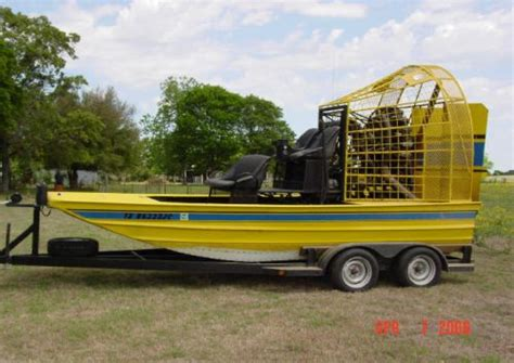 Airboat Engine For Sale by Airboat Powred With Radial Engine Southern Airboat