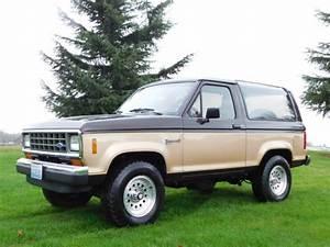 1988 Ford Bronco Ii Xlt Sport Utility 2