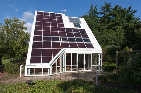 Top Solar Home Designs For 2016