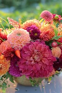 The 25+ best ideas about Dahlia Bouquet on Pinterest ...