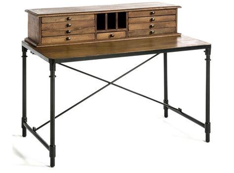 bureau om un bureau en mode vintage joli place