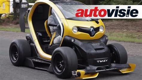 renault twizy vs smart fortwo renault twizy rs f1 vs megane rs by autovisie tv youtube