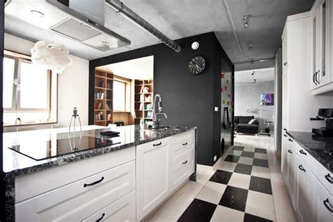 cocinas en blanco  negro de diseno minimalista ideas