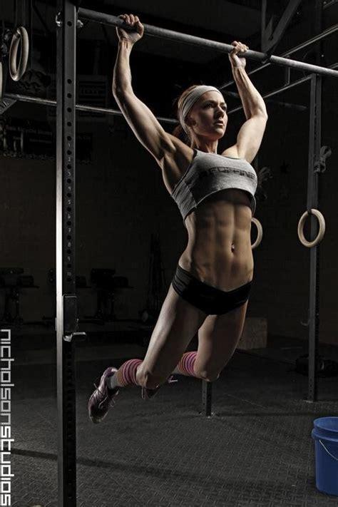 crossfit beauty butterfly pullups fitness health