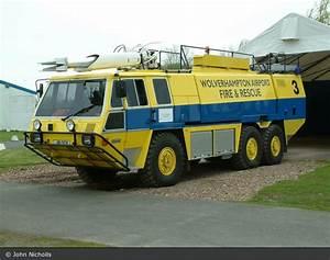 Wolverhampton Vereinigtes Königreich : einsatzfahrzeug wolverhampton business airport flf ~ Watch28wear.com Haus und Dekorationen