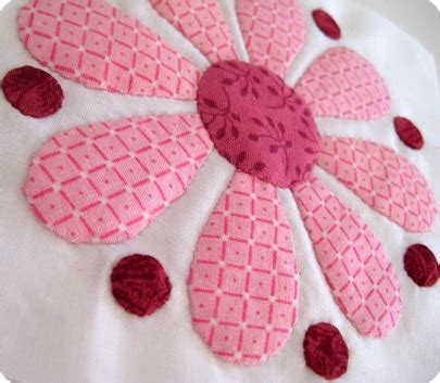 How To Applique by Snippets N Scraps Tutorial How To Applique A Tiny 1