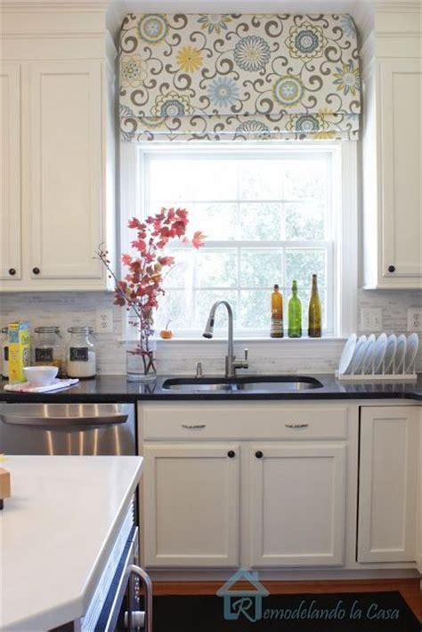 25  best ideas about Roman shades kitchen on Pinterest