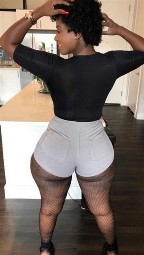Sexy Ebony Thick Ass In Short Close Up Porn