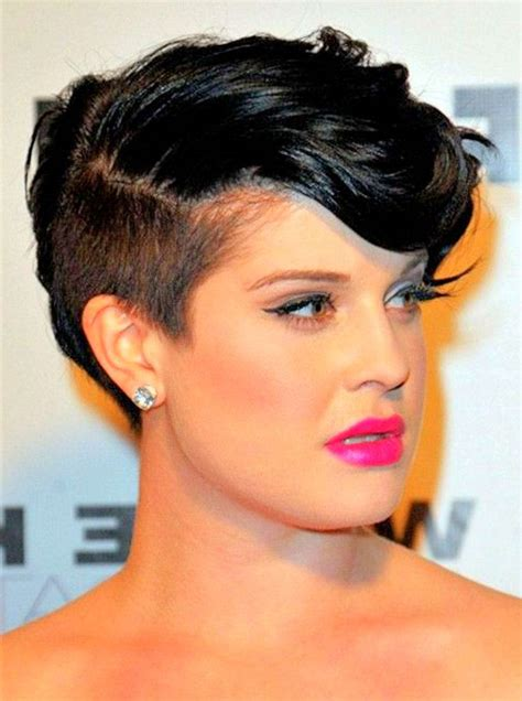 10 adventages of short hairstyles for thick coarse hair