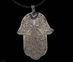 Old Berber pure silver Hamsa or Fatima's Hand, hand made ...