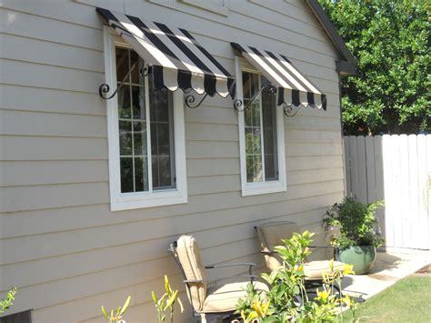Custom-canvas-window-awnings