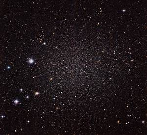 Astronomers Capture Stunning Image of Sculptor Dwarf ...