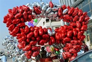 Pakistan Cracks Down on Valentine's Day Celebrations ...