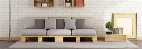 canapé avec des palettes idees canape palettes de bois accueil design et mobilier