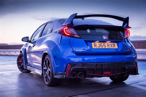 Living With The 2018 Honda Civic Type R Gt