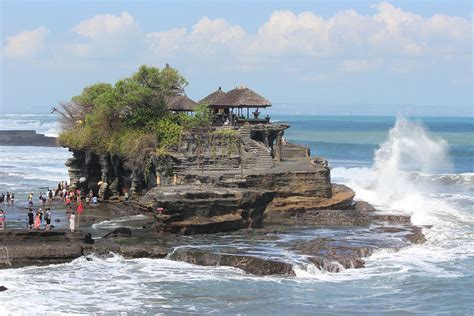 tanah lot wikipedia bahasa indonesia ensiklopedia bebas