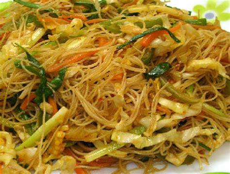 vegetable chow mei fun  httpwwwchinatownexpressus