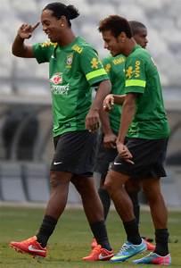 Neymar: Barcelona hero Ronaldinho reveals Nou Camp ...